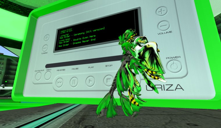 Lily Dryad (Veyanki) dancing to New Order in the Electronica pavilion
